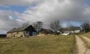Najde se někdo, kdo pomůže nemocnému panu Pencovi s opravou jeho stodoly v Minkovicích?