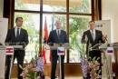Premiér Sobotka jednal se spolkovým kancléřem Rakouska Kernem a premiérem Slovenska Ficem