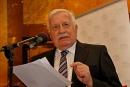 Prezident Václav Klaus uvádí konferenci IVK v Obecním domě v Praze o nebezpečnosti eura